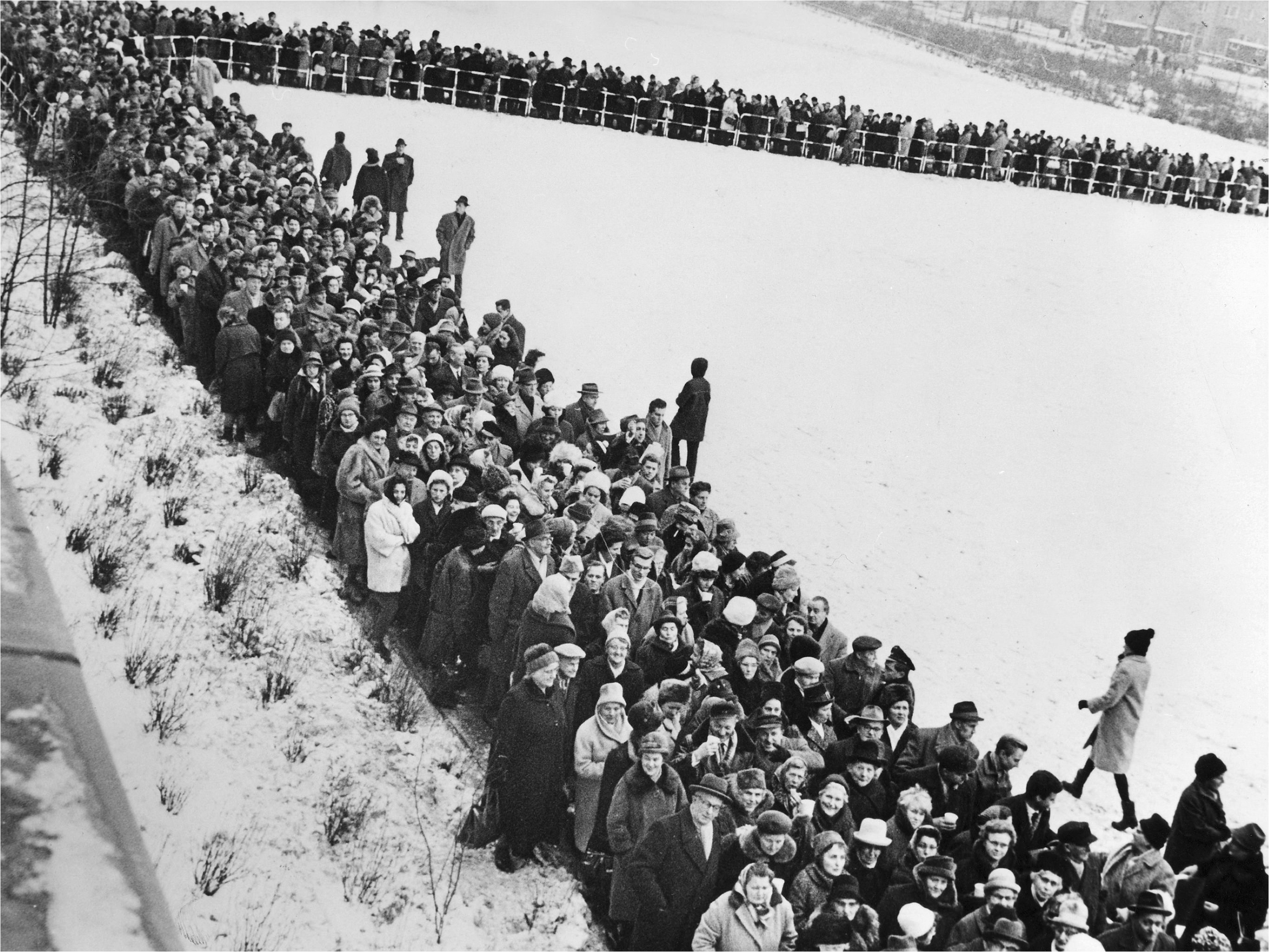 Several hundred people at a refugee camp in West Berlin