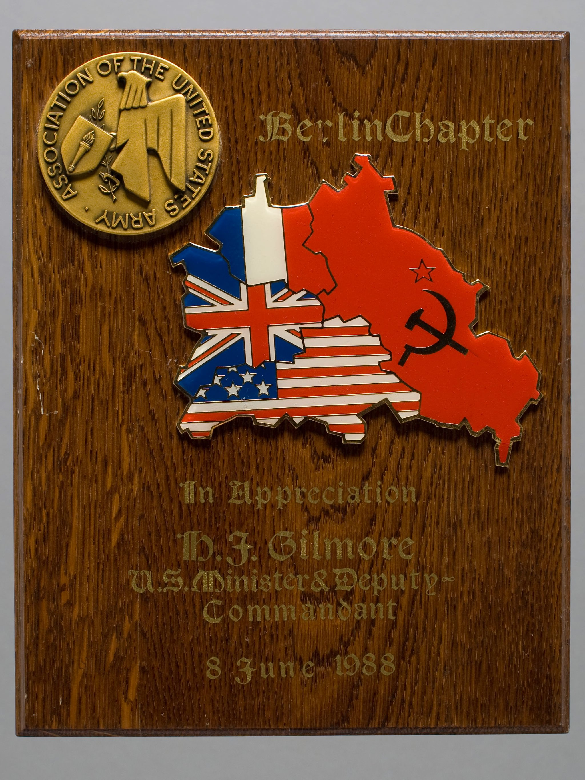 Image of a plaque awarded to U.S. Minister and Deputy Commandant in West Berlin Harold J. Gilmore